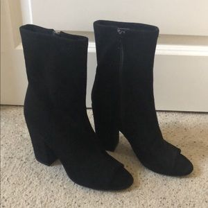 Guess open toe Booties